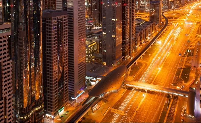 Comment louer une voiture sans carte de crédit a Dubai conduite louer une voiture à dubai location de voiture dubai
