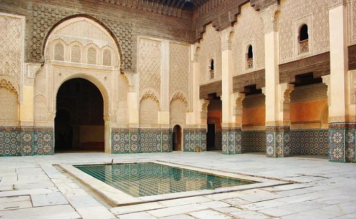 à voir à faire à Marrakech, incontournables, Jemaa el Fna, Koutoubia, maroc, Marrakech, médina Marrakech, quoi faire, le jardin de majorelle , la mederssa ben youcef