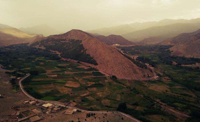 à voir à faire à Marrakech, incontournables, Jemaa el Fna, Koutoubia, maroc, Marrakech, médina Marrakech, quoi faire, le jardin de majorelle , les villages berbères de l'atlas