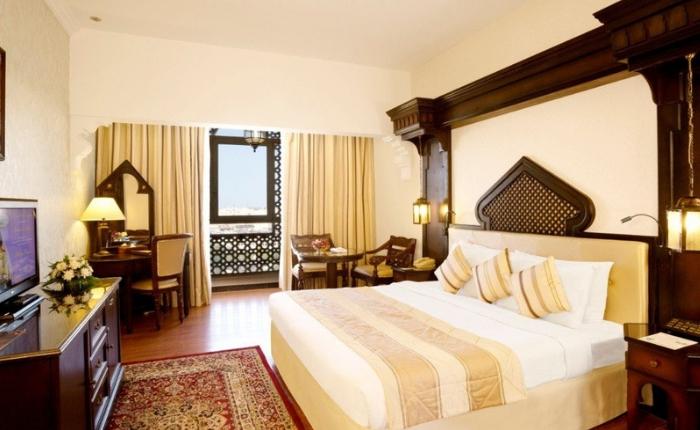 sejour dubai pas cher en novembre arabian courtyard by opener24. Black Bedroom Furniture Sets. Home Design Ideas