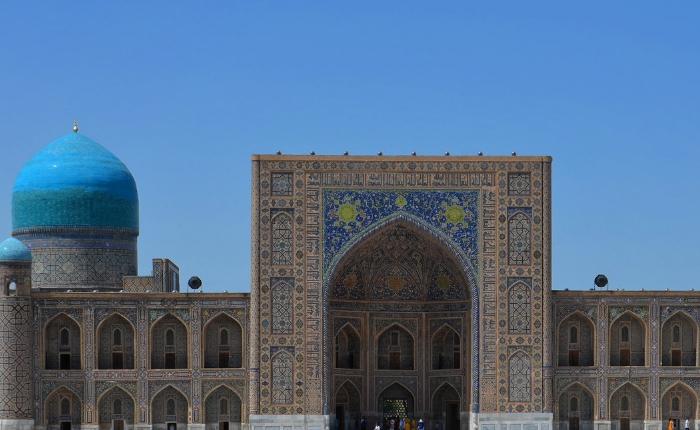 à faire à samarcande, circuit en ouzbékistan, incontournables de samarcande, registan, séjour en Ouzbékistan, sites de samarcande, la mosquée tellia qari